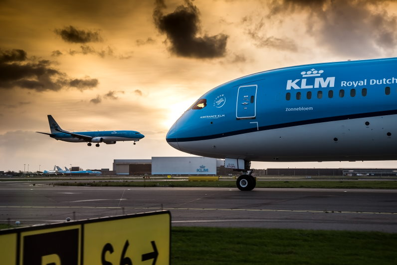 KLM biedt nieuwe service: check van corona reisdocumenten vooraf